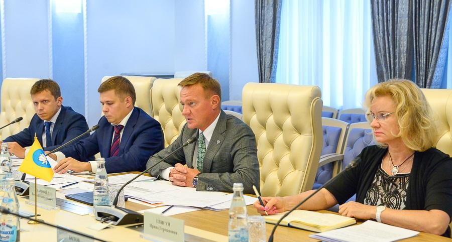 Около 1,38 млрд руб. выделит Росавтодор на ремонт сети федеральных дорог в Калмыкии в 2017–2018 годах (фото: Росавтодор)