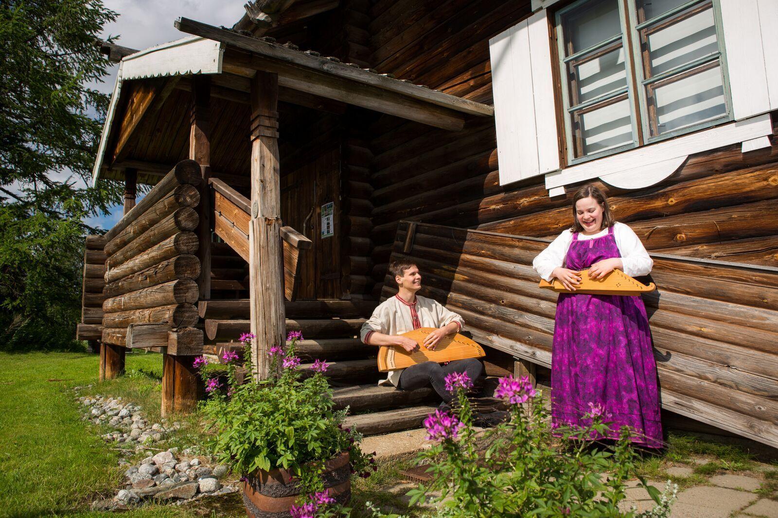 поэтическая деревня Парппеинваара в Иломантси