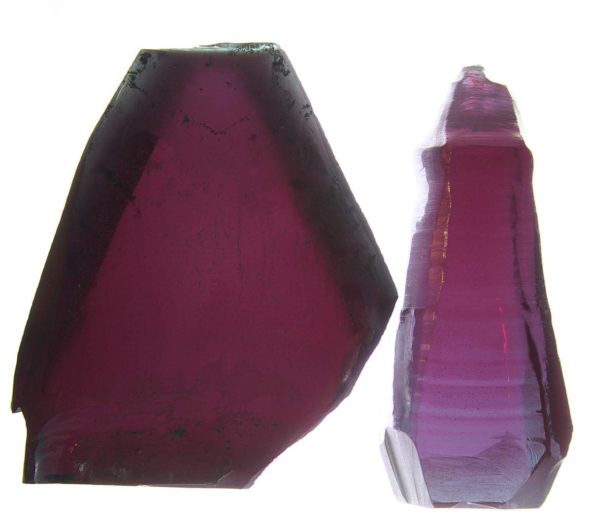 Окраска и полосчатость кристаллов ГНК и CZ