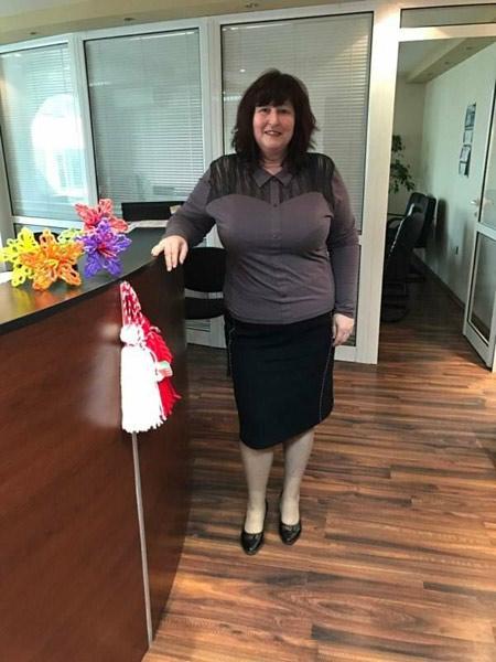 Едноцветна памучна блуза, произведена в България от Ефреа. Виж още български блузи онлайн.