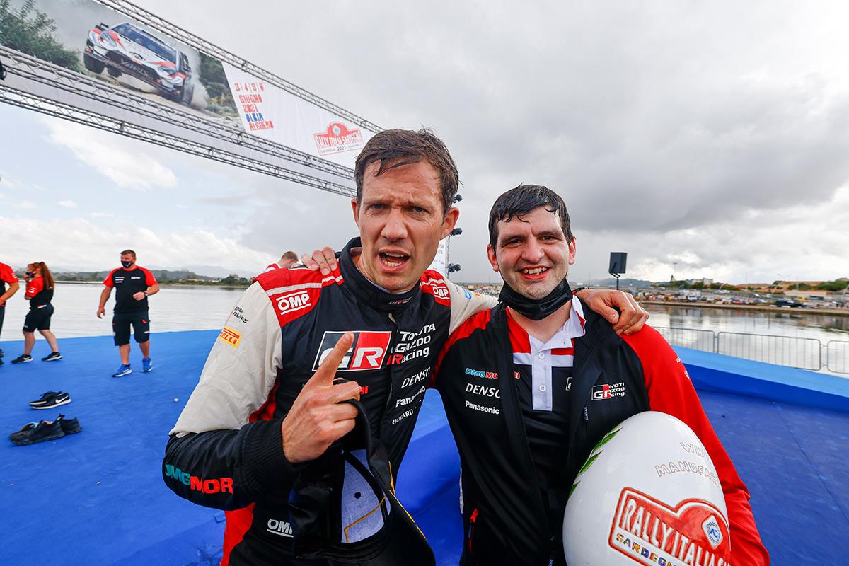 Себастьен Ожье и Кевин Стрёйф (Toyota), ралли Сардиния 2021