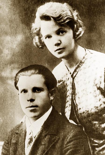 Николай Волков с женой Варварой Шапошниковой