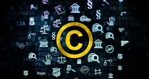 Существуют ли авторские права на фотографии в сети Интернет?