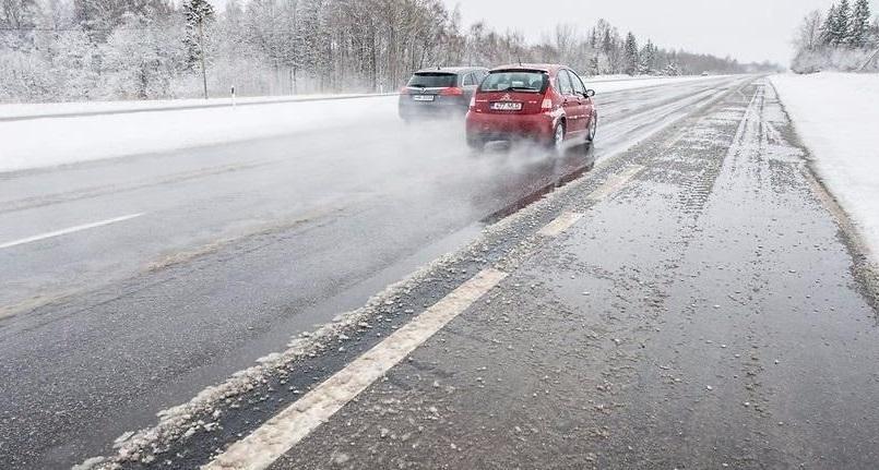 Нормативным требованиям сегодня соответствует лишь 69,5% федеральных дорог, расположенных в области (фото: портал государственных органов Костромской области)