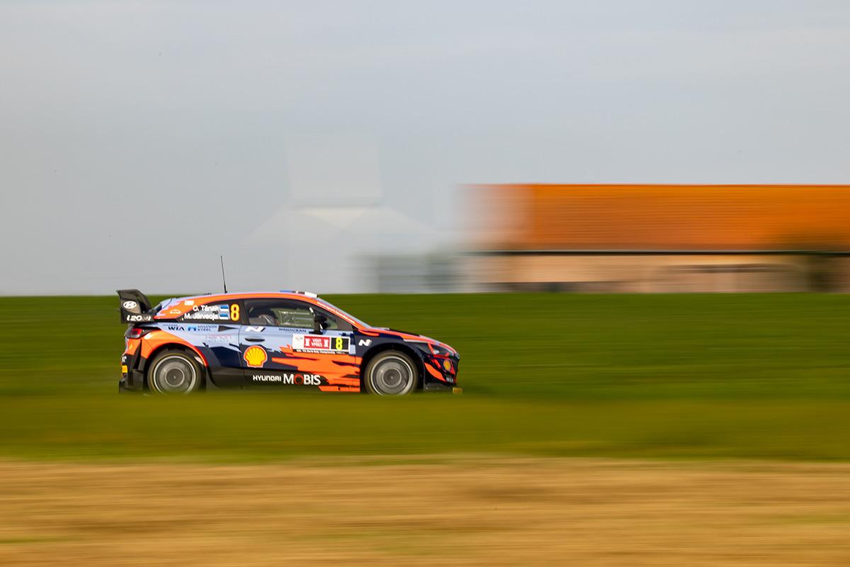 Отт Тянак и Мартин Ярвеоя, Hyundai i20 Coupe WRC, ралли Ипр 2021