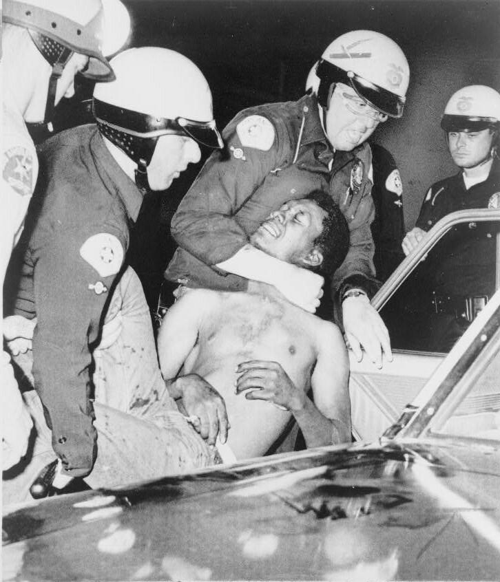 Арешти під час повстання в Уоттсі, 1965, Фотографія