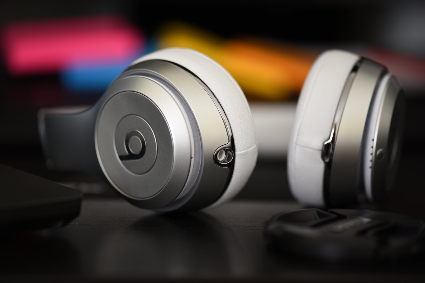 4 Things to Consider Before Buying Wireless Headphones