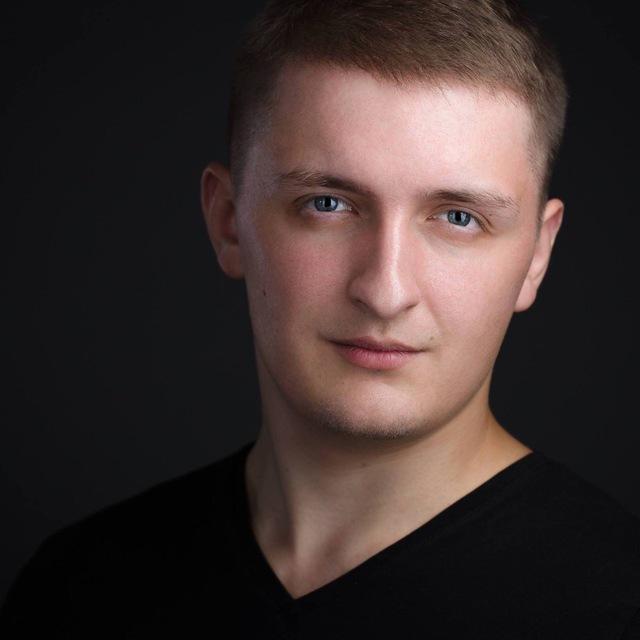 Павел Стенюшин