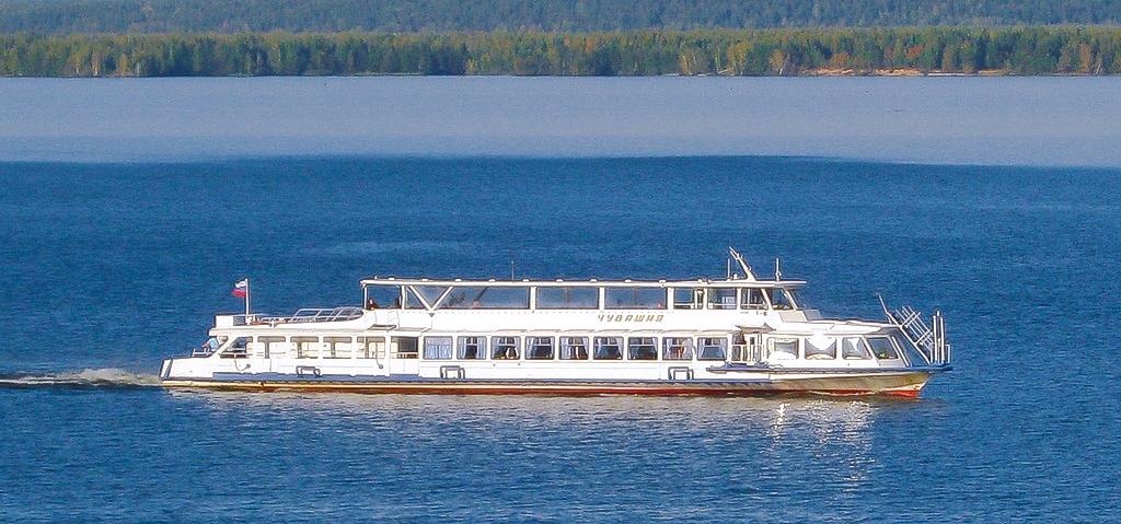 Поездки по Волге от Чебоксарского речного порта
