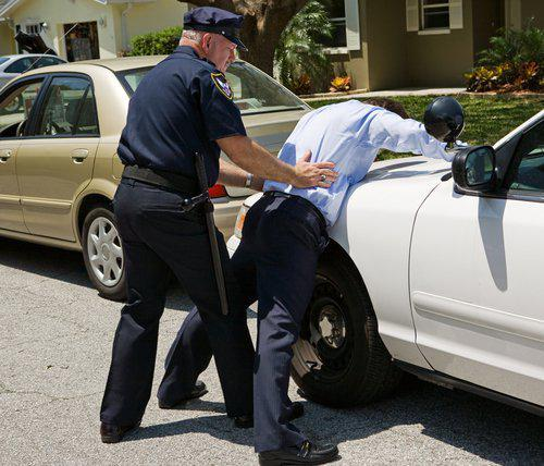 Верховная Рада Украины проголосовала за законопроект, которым работникам полиции предоставляется право без причины останавливать транспортные средства