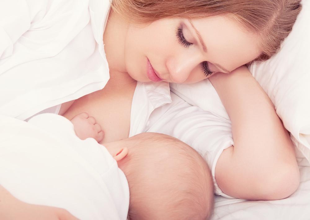 хватает ли ребёнку грудного молока