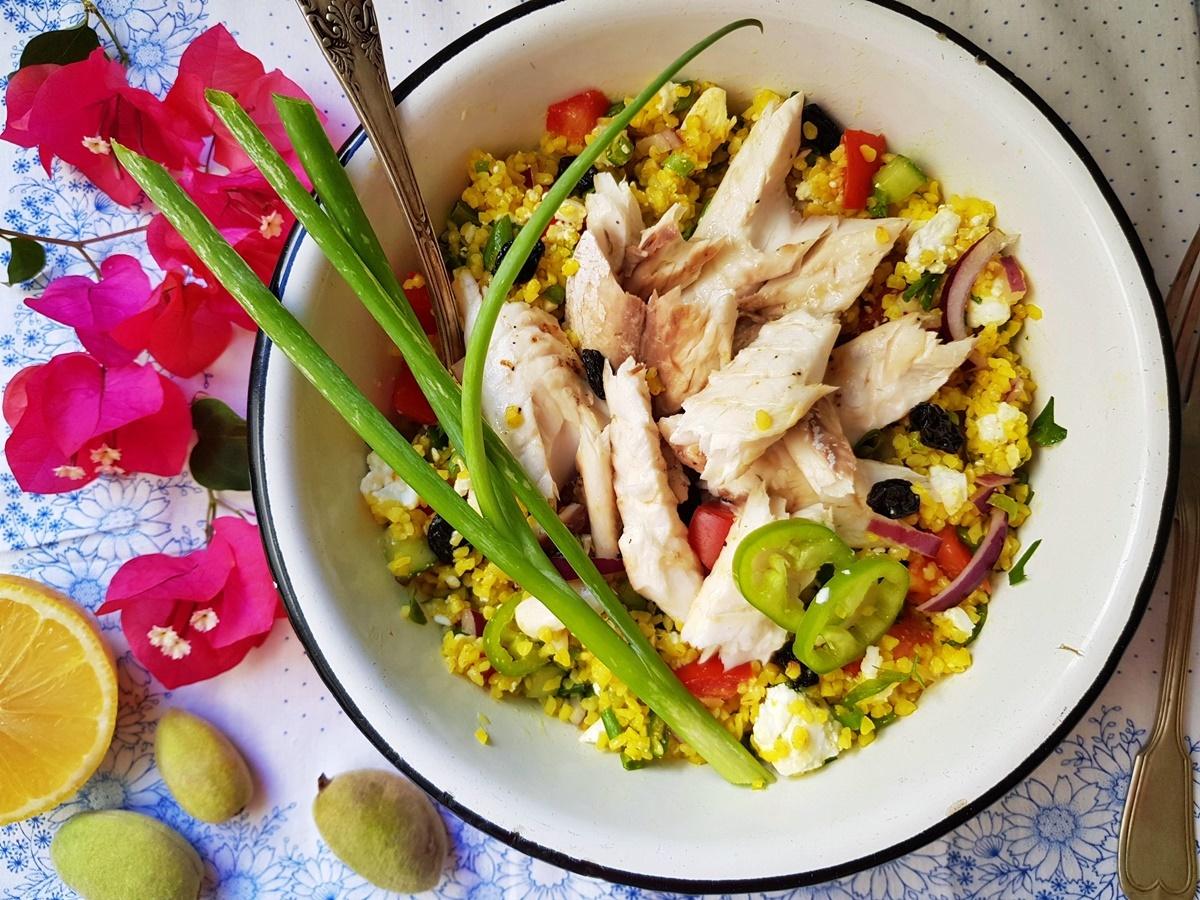 Желтый булгур и салат табуле с рыбой. Фото рецепт. Вкусный Израиль.