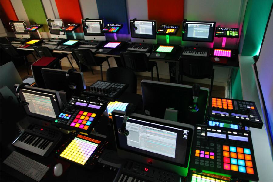 Курс music production с нуля