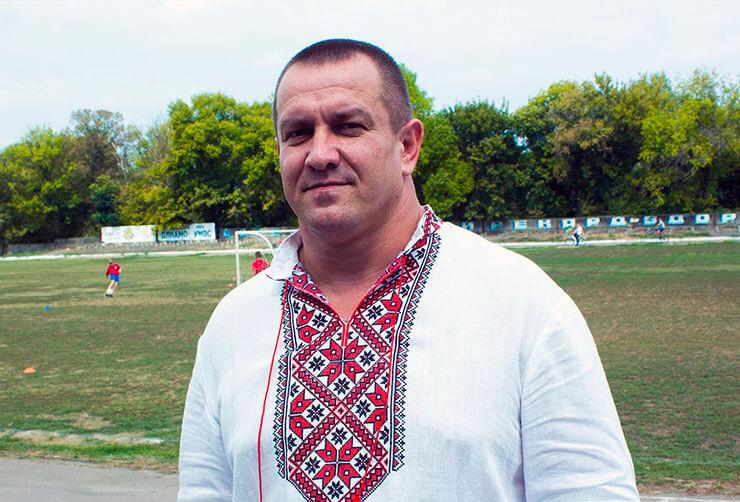 поселковый голова Нововоронцовки Владимир Марчук - фото
