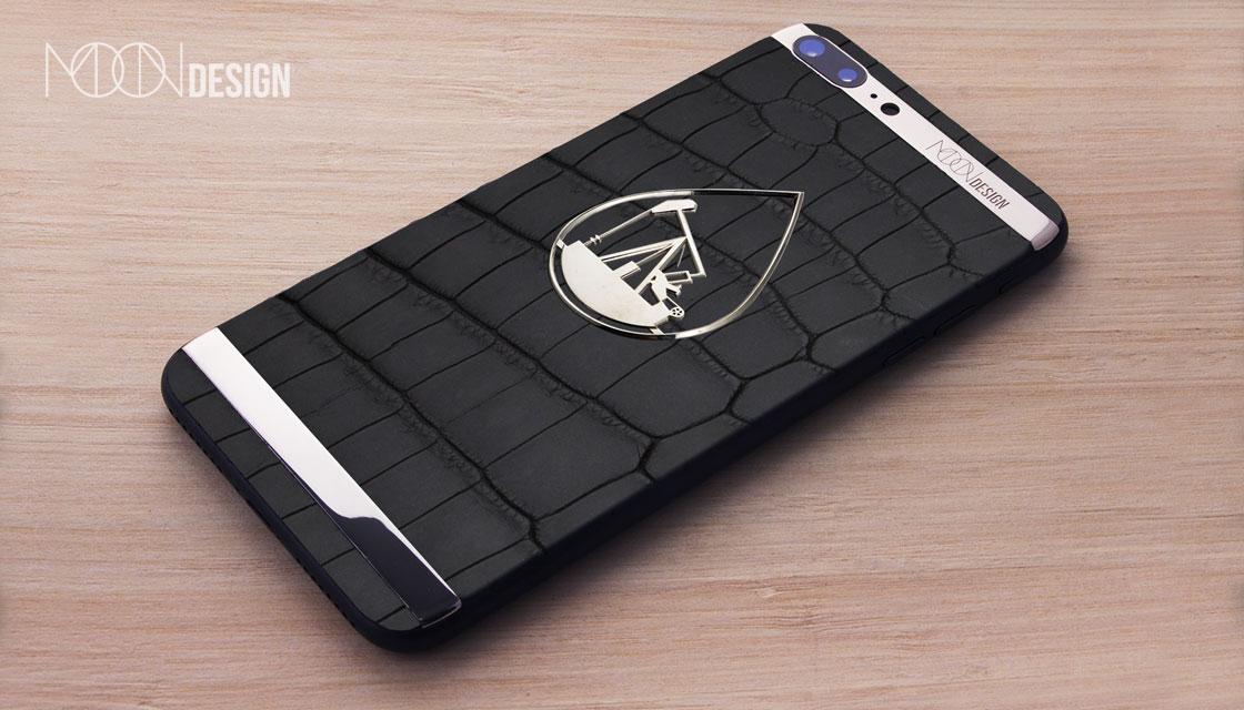 Картинки по запросу MOON design iphone
