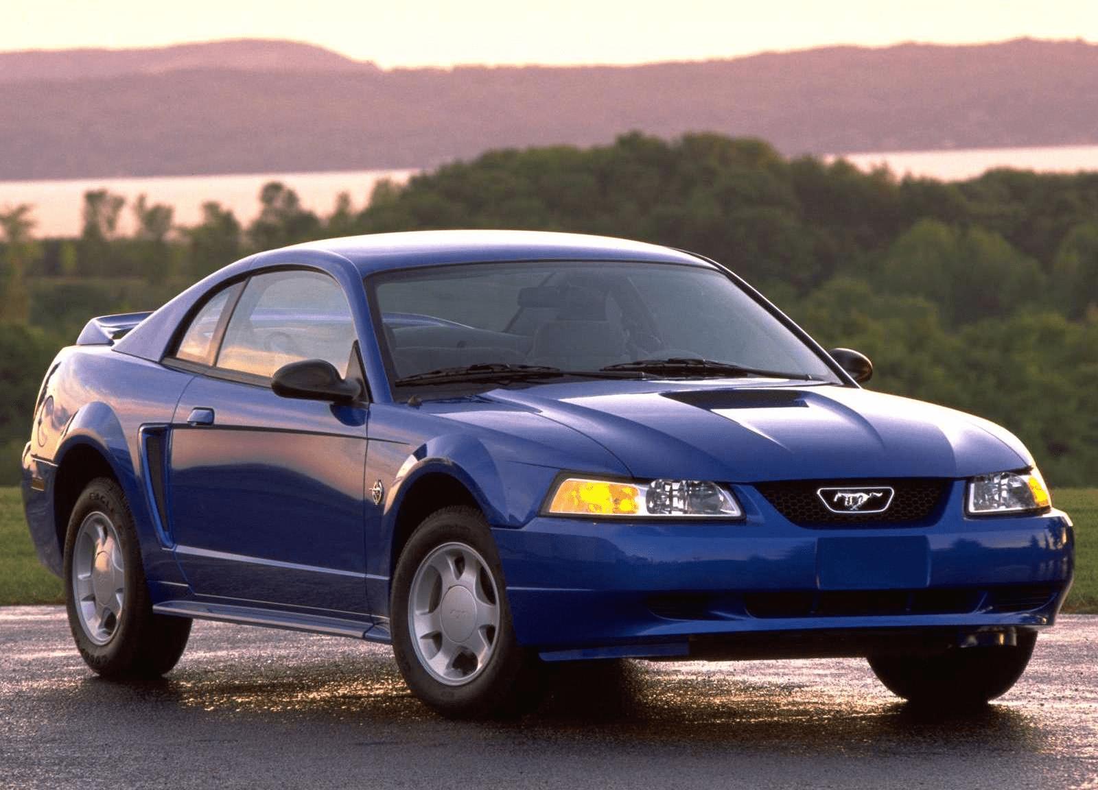 Четвертое поколение легендарного Mustang.