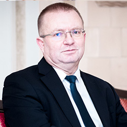 Тадеуш Петруха Президент наблюдательного совета Bio-Tech Group, основатель Bio-Tech Consulting