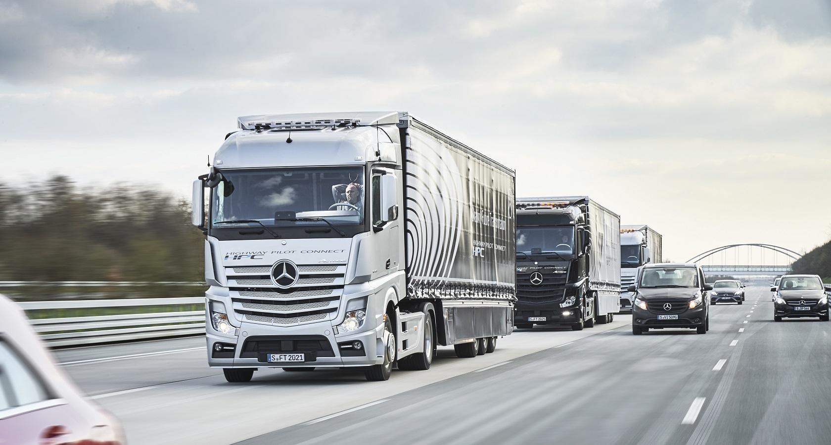 По данным KPMG, лучше всего подготовлены к внедрению беспилотного транспорта Нидерланды, Сингапур, США, Швеция и Великобритания (фото: Daimler Trucks)