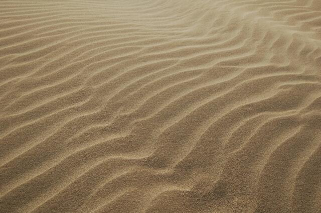 Many naturally occuring lines in sand.