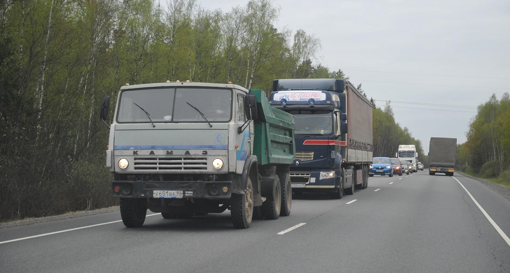 За прошедший год объем перепродаж грузовых автомобилей в России практически не изменился (фото: ГиД / Денис Хуторецкий)