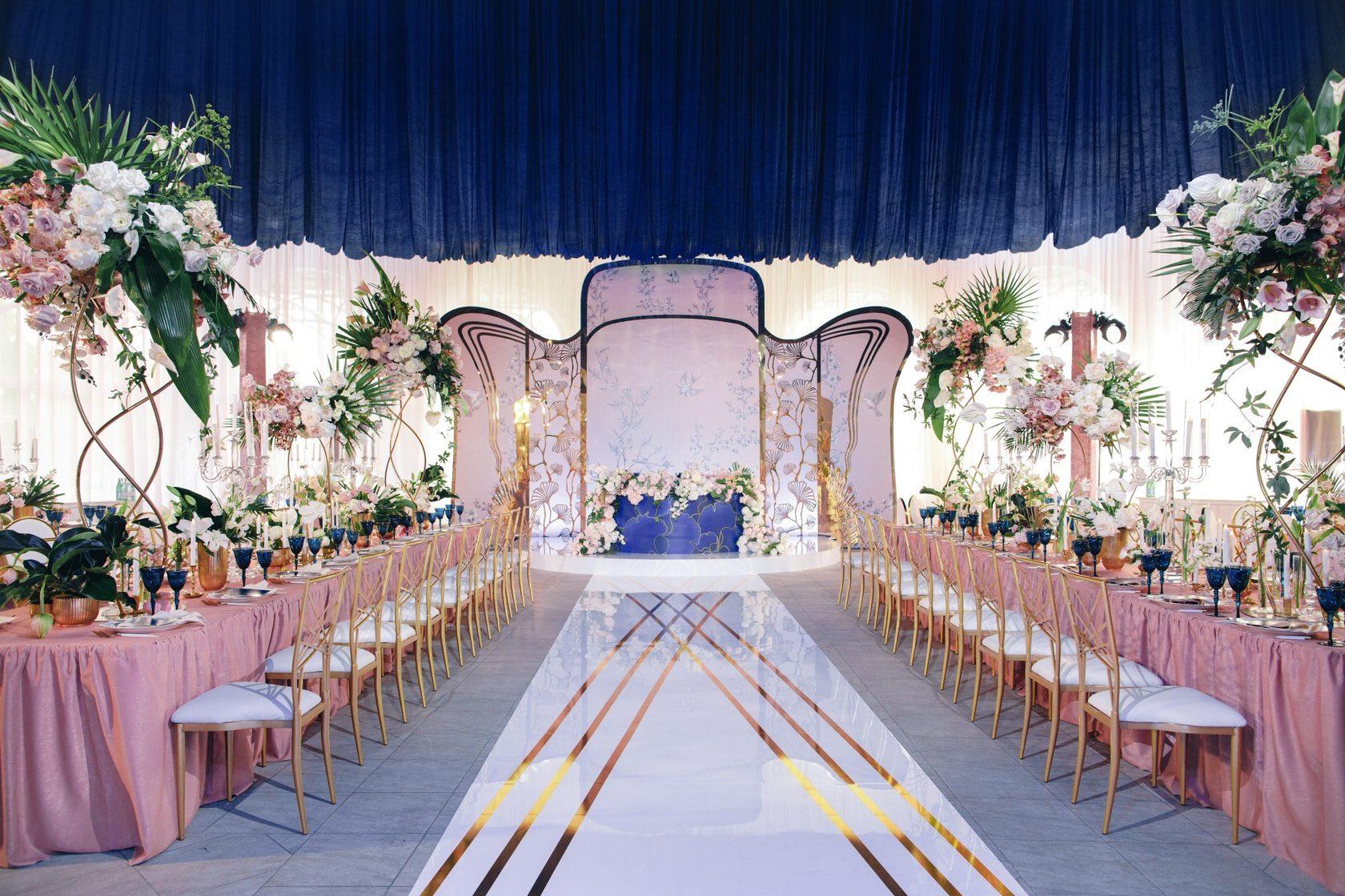На фото – пример свадебного декора