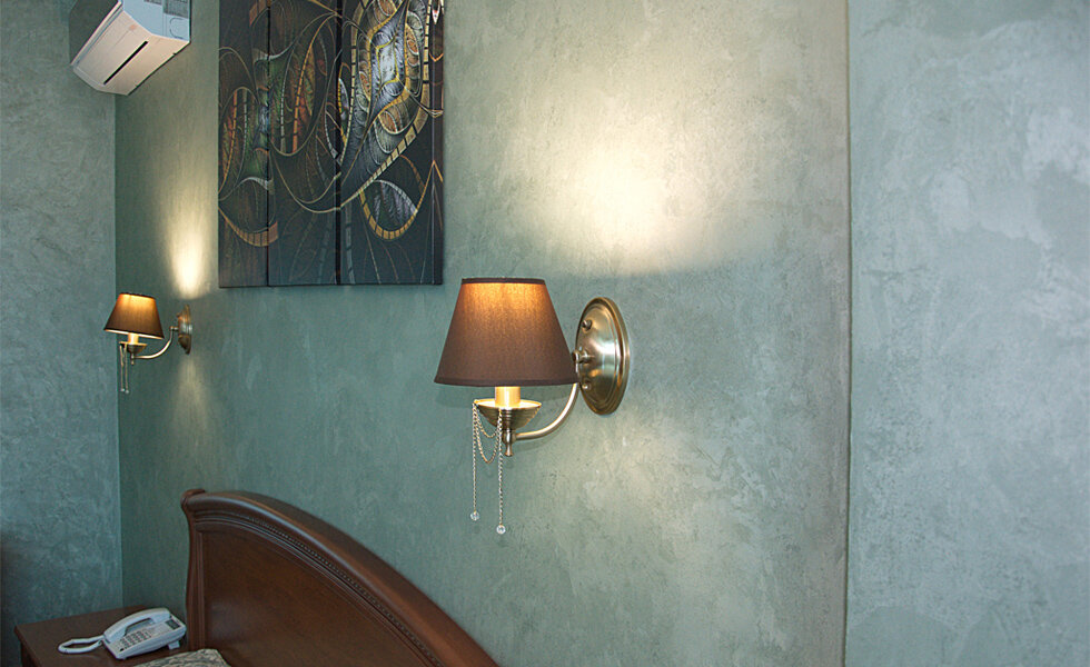декоративная штукатурка шелковая в интерьере