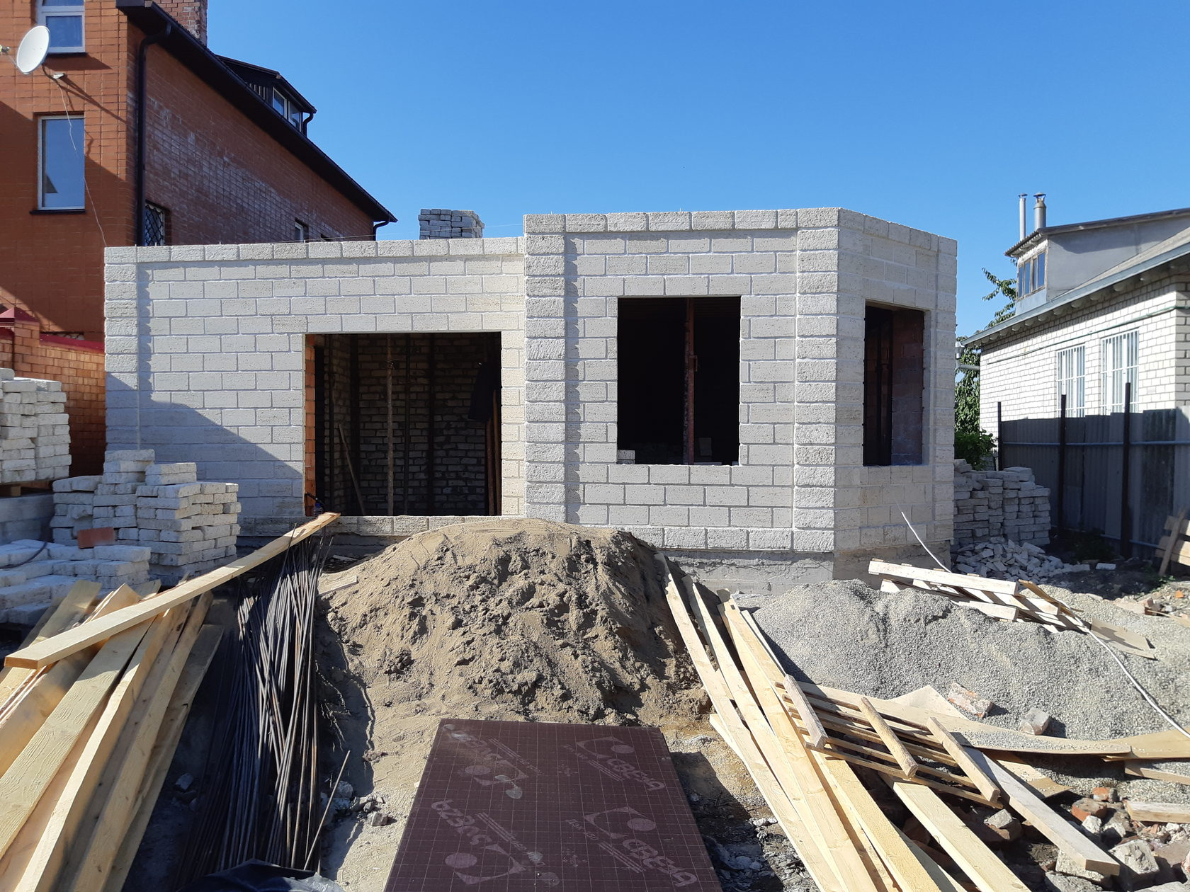себестоимость строительства дома из кирпича