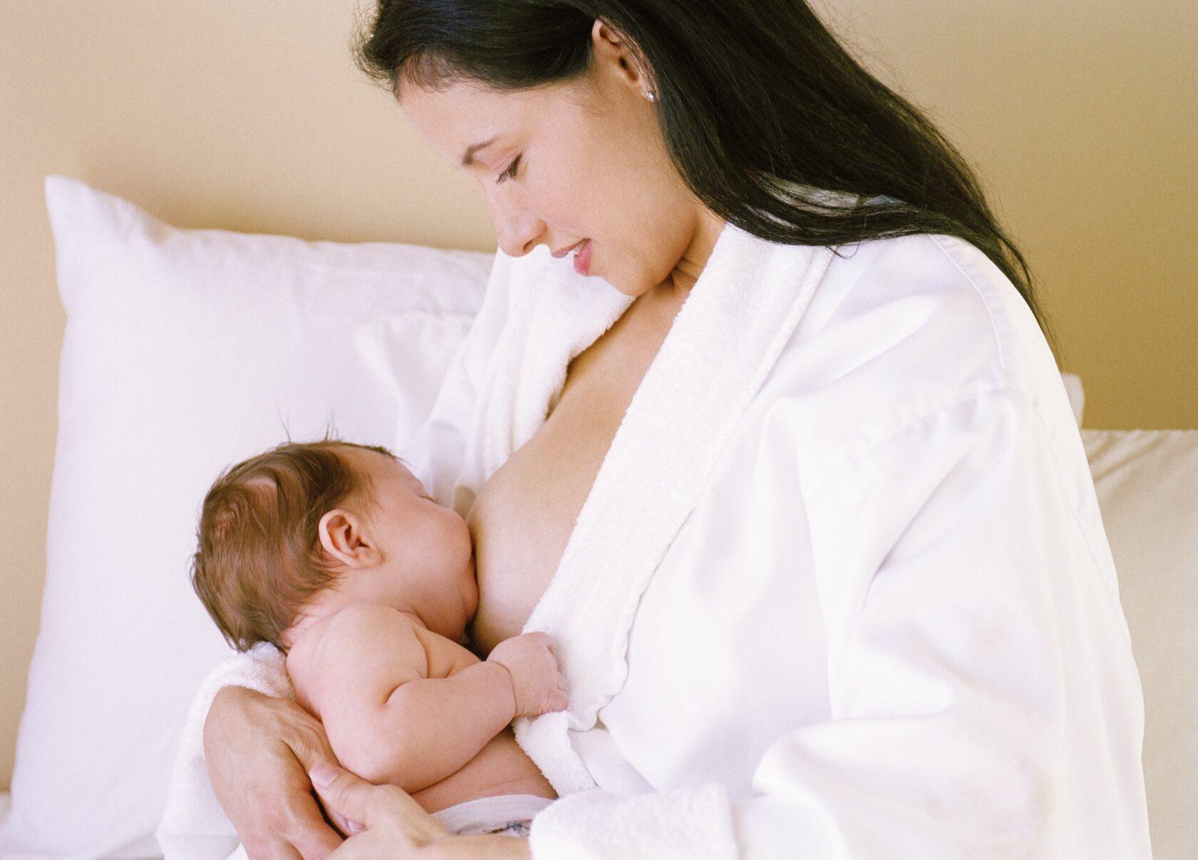 Грудь после родов. Этапы лактации.