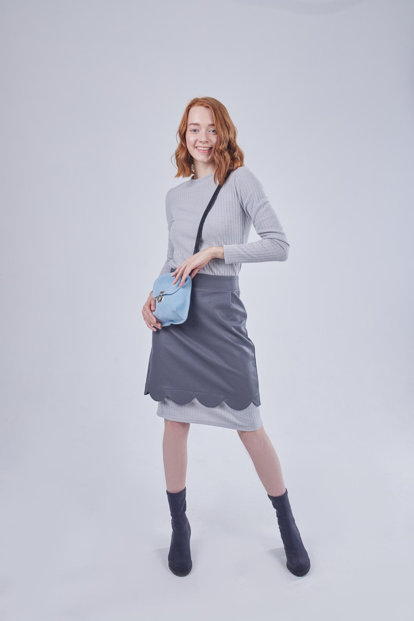 Дизайнерская мини-юбка в шоуруме в питере