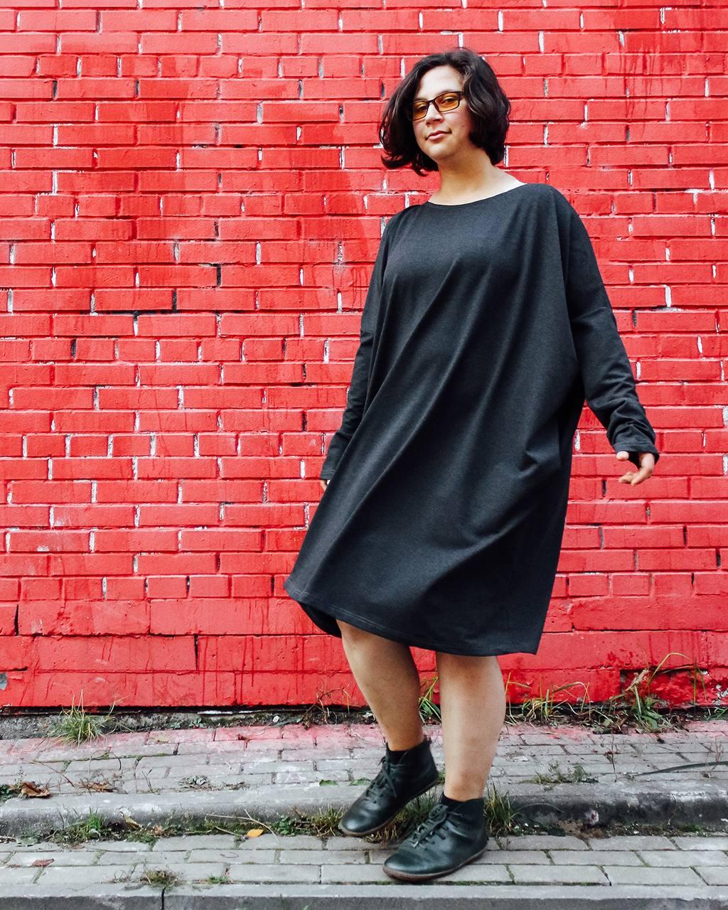 Платье-мешок графит темно серое