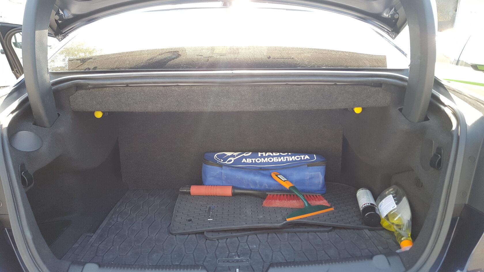 багажник со скрытой установкой усилителей jaguar xe