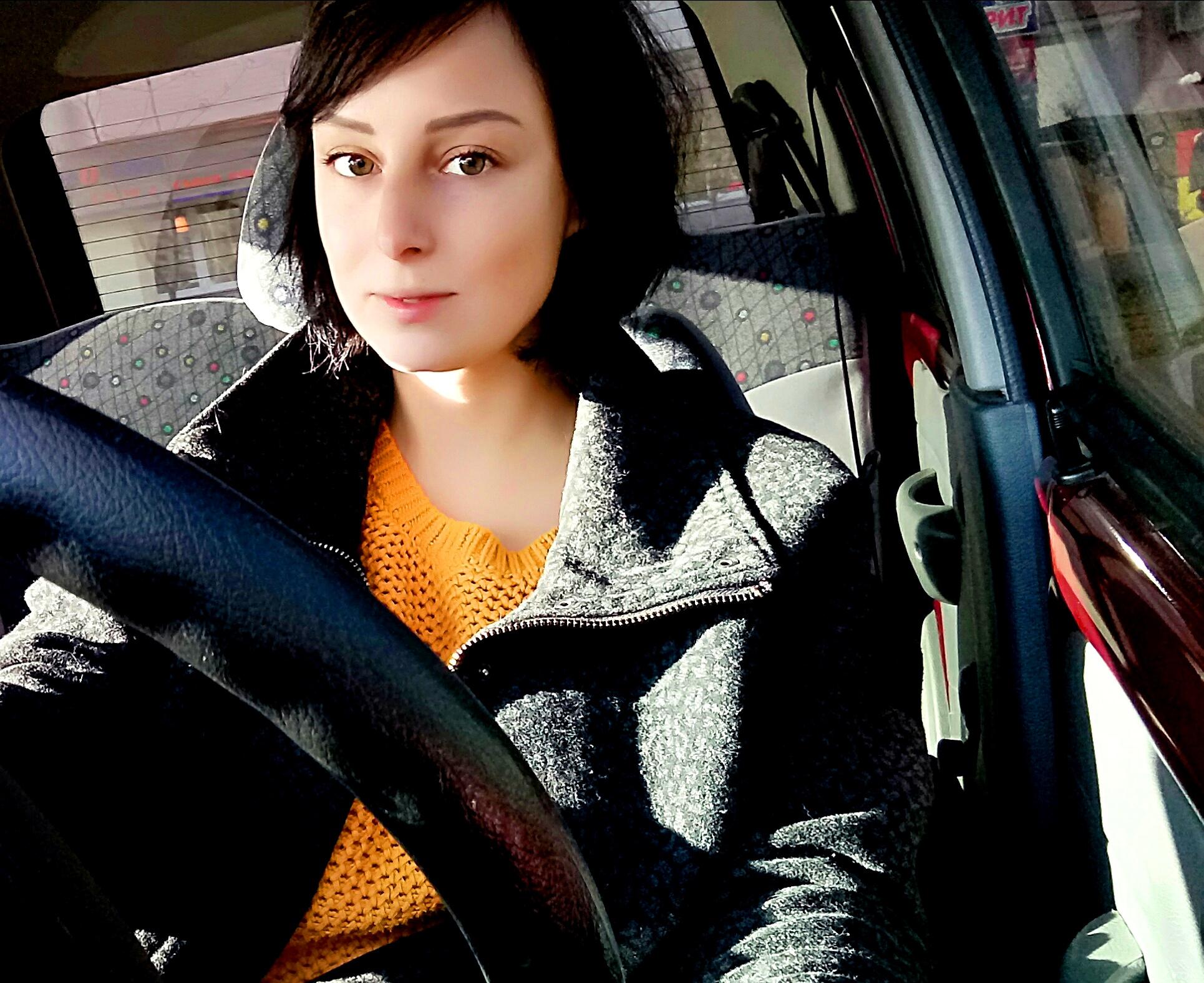 Девушка модель работы с водителями девушка из салона мегафон вновь на работе