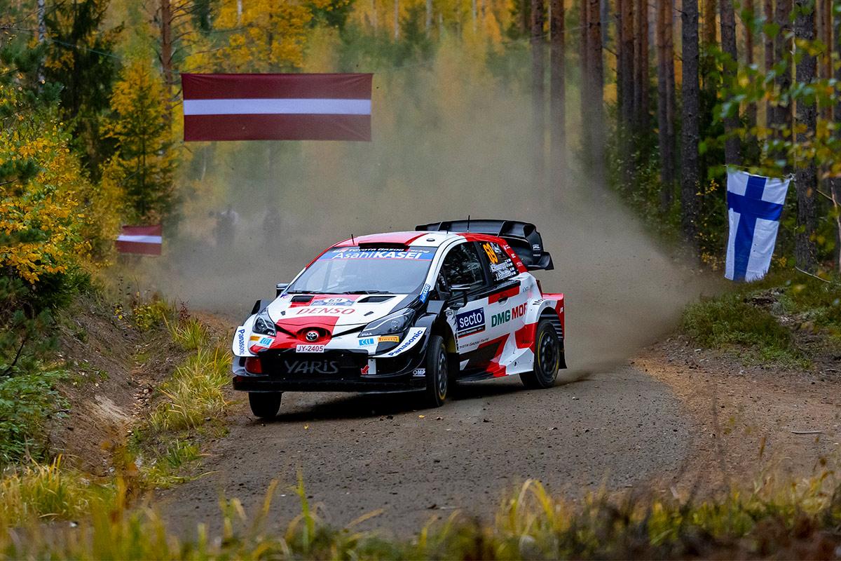 Калле Рованпера и Йонне Халттунен, Toyota Yaris WRC, ралли Финляндия 2021