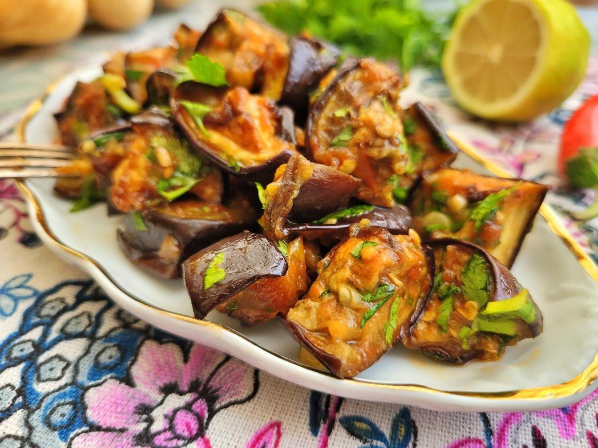 Баклажаны в духовке - вкусный и полезный салат. Израильская кухня. Иля Антеби.