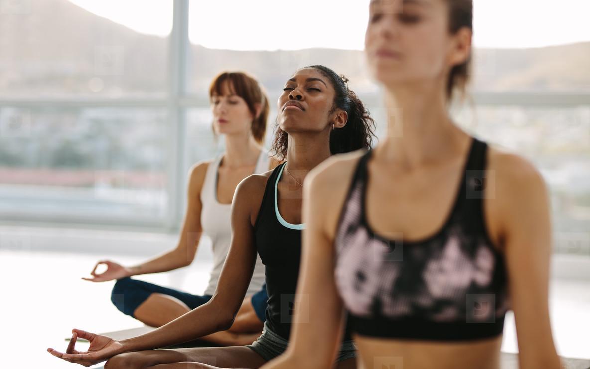 Йога от опытных преподавателей