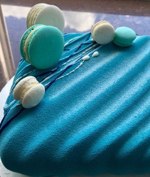 торта с покрытием велюр