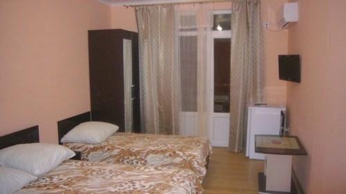 Трехместный номер в гостевом доме Идальго, Лермонтово