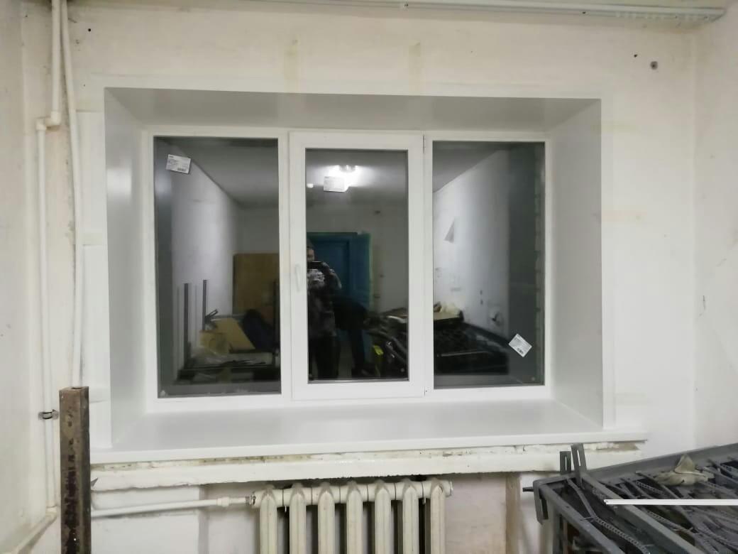 Стандартное окно под ключ кирпичный дом (техникум)