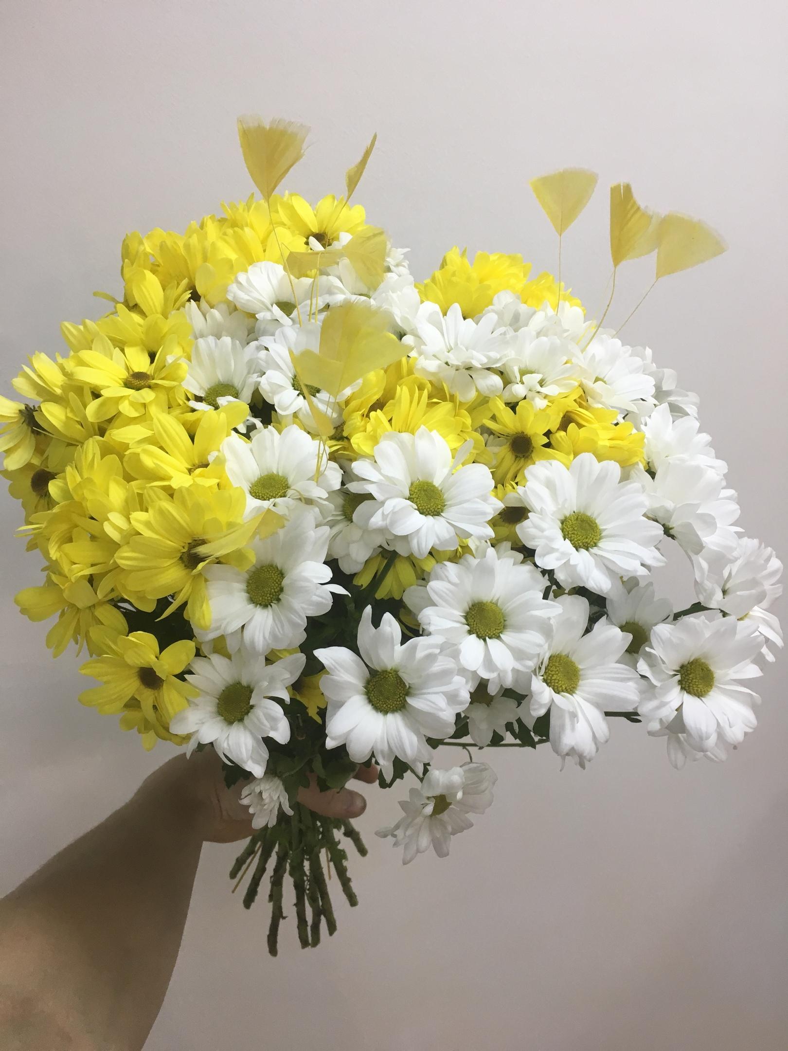 Букет цветов купить киров круглосуточно