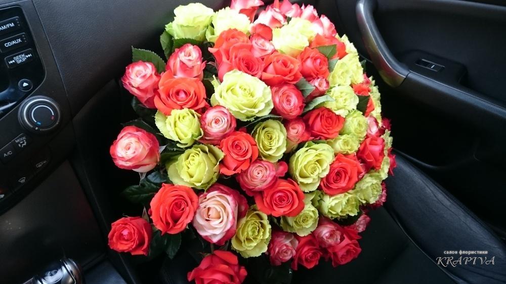 Доставка цветов, как подобрать букет цветов в машине