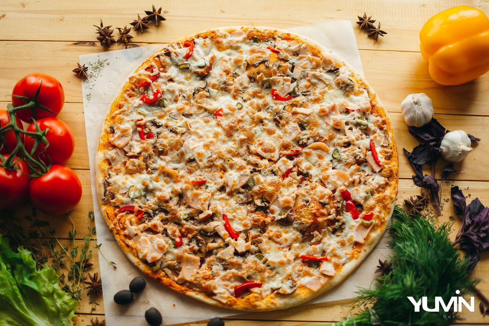 Жар пицца, служба бесплатной доставки пиццы.