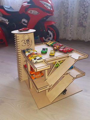 bērnu rotaļu garāža, garāža mašīnītēm, bērnistabas rotaļlietas, koka izstrādājumi
