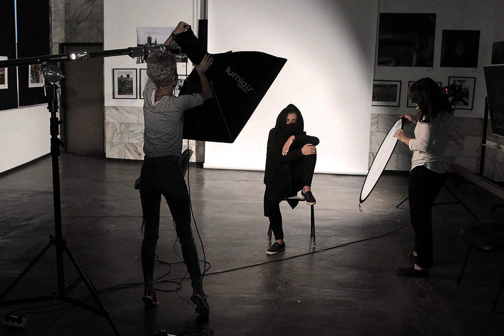 в каком институте учат на фотографа личной жизни народного