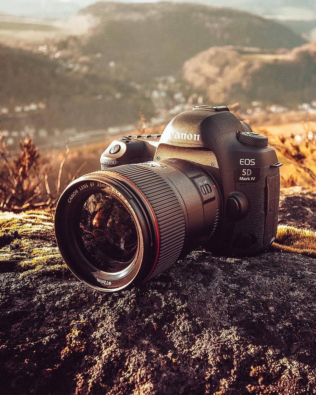 Зеркальный фотоаппарат кэнон