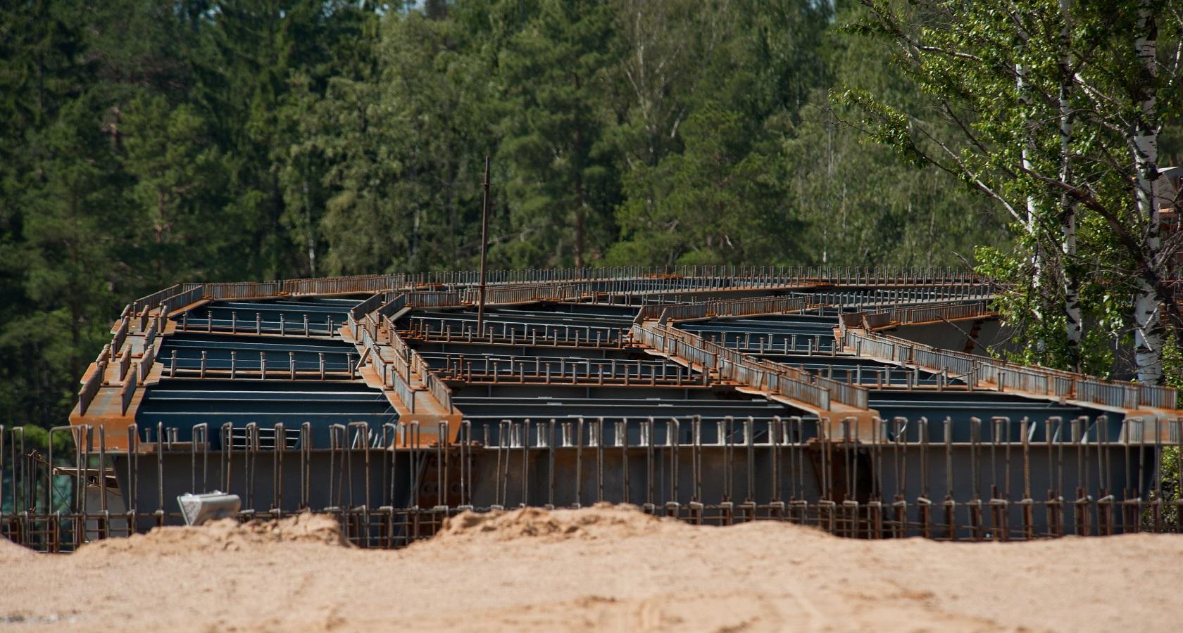 Планируемые сроки полного завершения строительства платной трассы М-11 неоднократно переносились (фото: ГК «Автодор»)