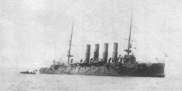 """Крейсер """"Варяг"""" после боя, 9 февраля 1904"""