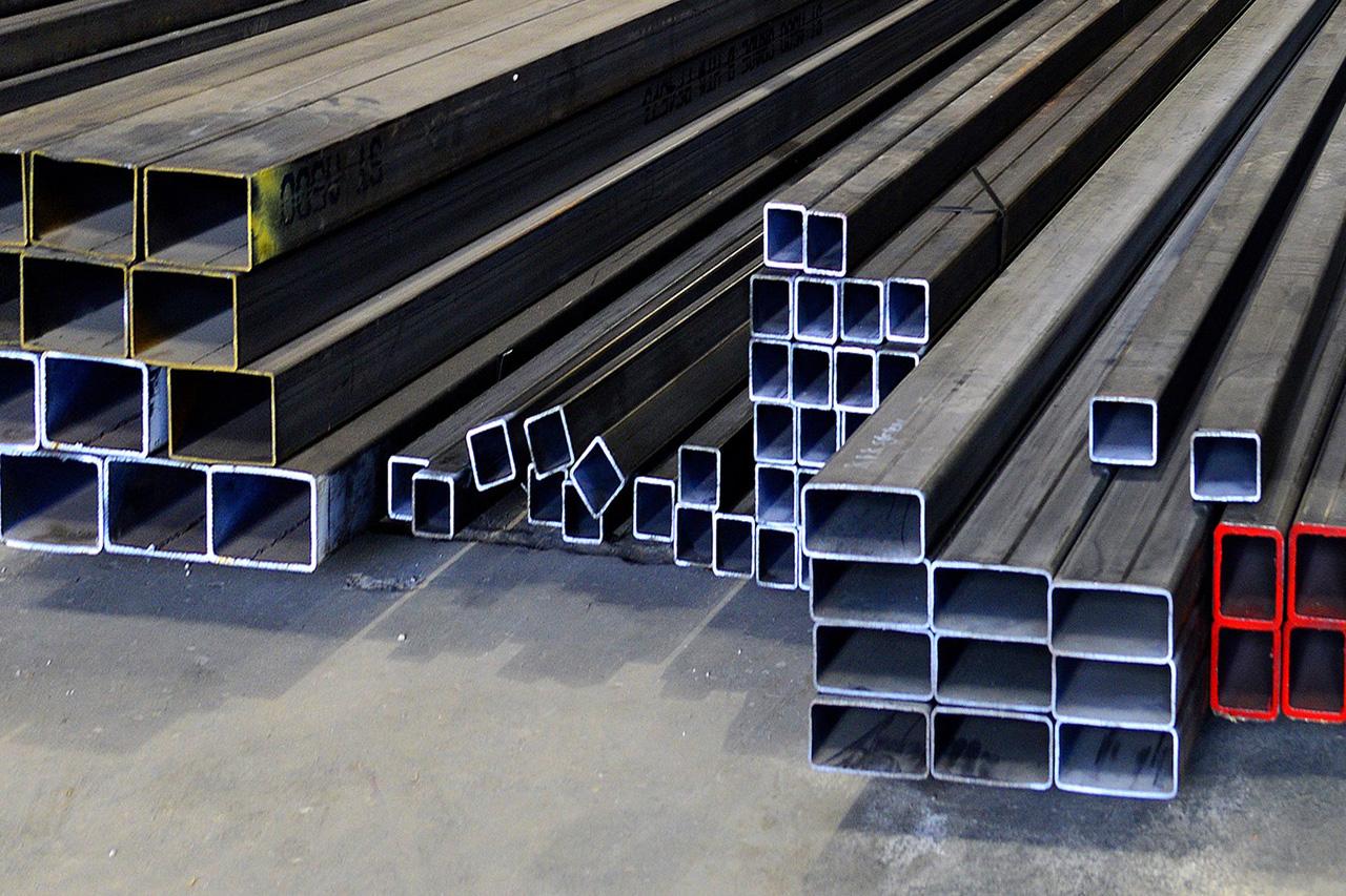 Такие необходимые для металлоконструкций профильные трубы
