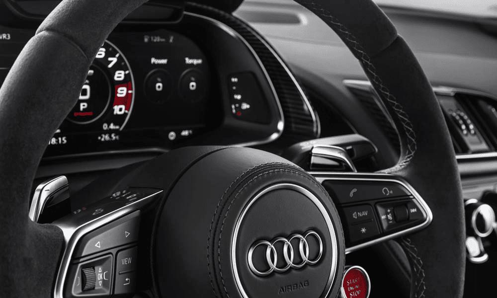 Опционально на руль может быть установлена кнопка изменения звука выхлопа.