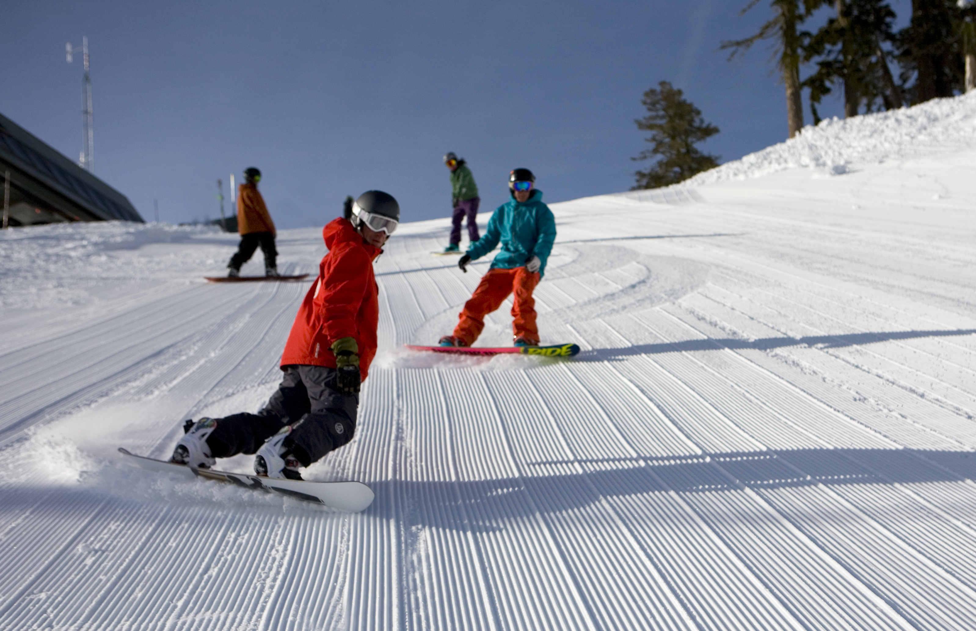 картинка лыжник с горки лиэнь