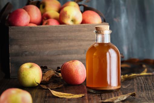 Положительно влияет на куст голубики яблочная кислота